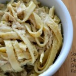 Six Sisters' Stuff Slow Cooker Chicken Broccoli Alfredo: A Review