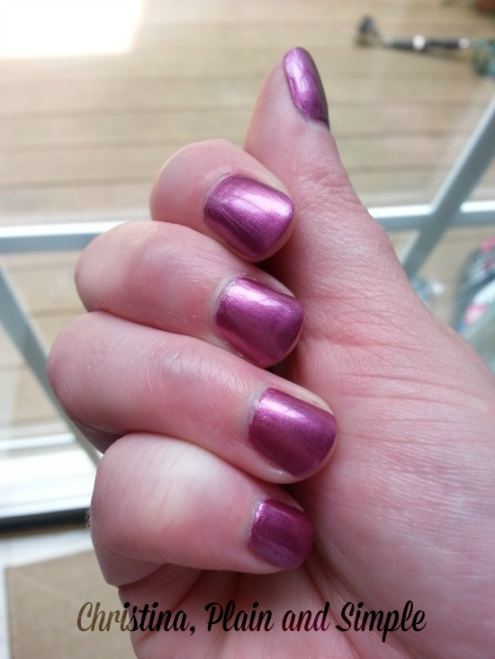 Sinful Colors Sage Rose Manicure
