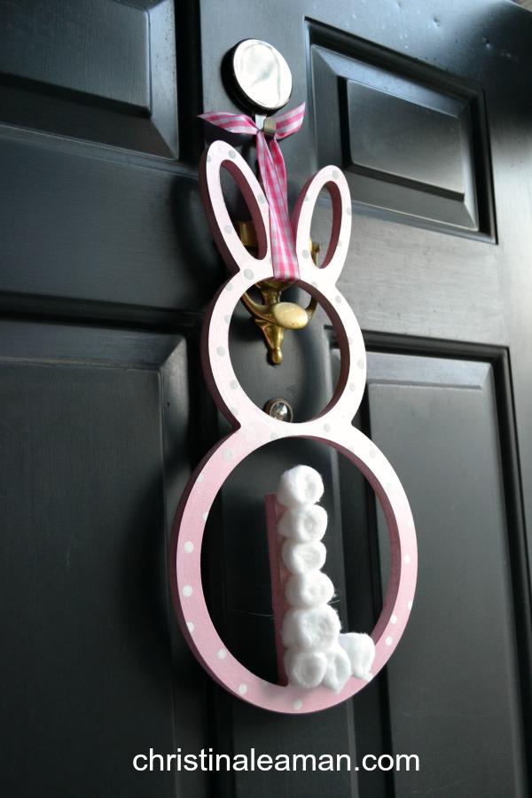 easy bunny wreath 2